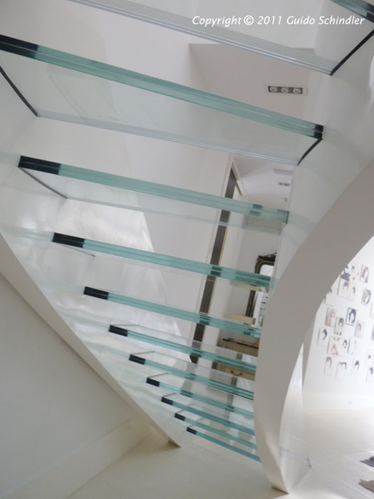 Metal & Glass Staircase 4